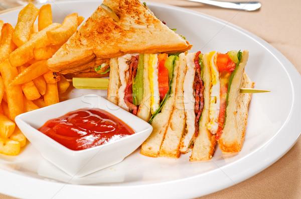 Klub szendvics friss sültkrumpli oldal sajt vacsora Stock fotó © keko64