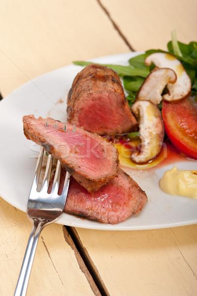 Wołowiny filet grillowany warzyw świeże warzywa strona Zdjęcia stock © keko64