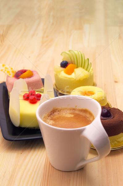 Espresso koffie fruitcake vruchten room cake Stockfoto © keko64