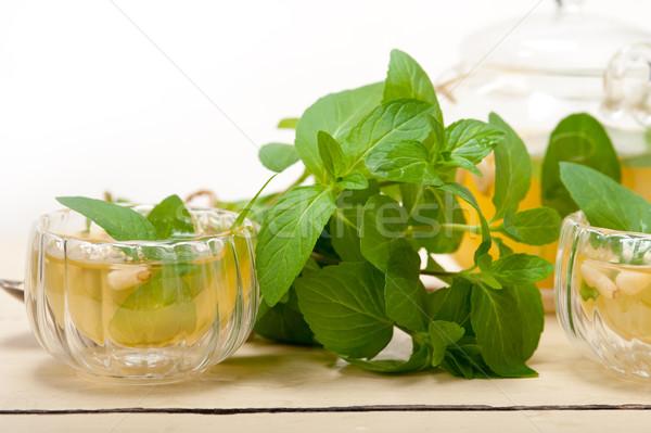 Arab traditioneel mint pine noten thee Stockfoto © keko64