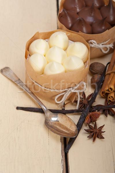 шоколадом ваниль специи кремом торт десерта Сток-фото © keko64