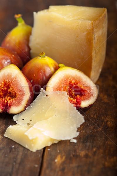 Kaas vers Italiaans macro oud hout Stockfoto © keko64