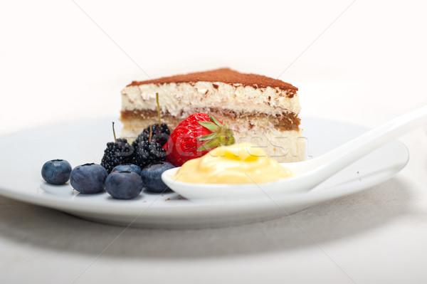 Stockfoto: Tiramisu · dessert · bessen · room · klassiek · Italiaans