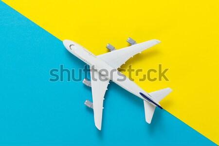Miniatur Flugzeug Reise Modell blau gelb Stock foto © kenishirotie