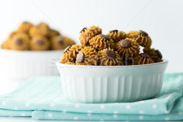 Kaffee Schokolade Chip Cookie serviert Schüssel Stock foto © kenishirotie