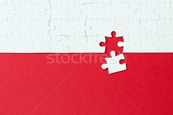 Rojo rompecabezas blanco piezas del rompecabezas lugar resumen Foto stock © kenishirotie