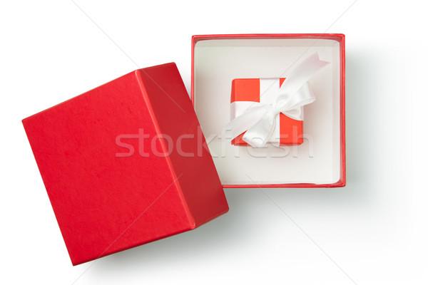 Rosso scatola regalo nastro bianco wedding compleanno Foto d'archivio © kenishirotie