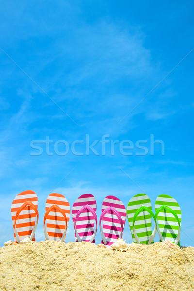 Zomer strand rij blauwe hemel zon Stockfoto © kenishirotie