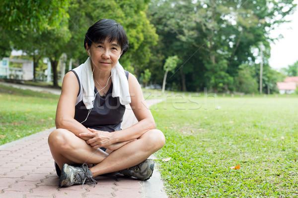 старший женщину бег азиатских работает Сток-фото © kenishirotie