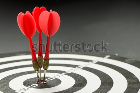 Consistencia tres rojo dardos centro Foto stock © kenishirotie