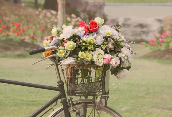 ヴィンテージ 自転車 花 秋 レトロな バスケット ストックフォト © Kheat
