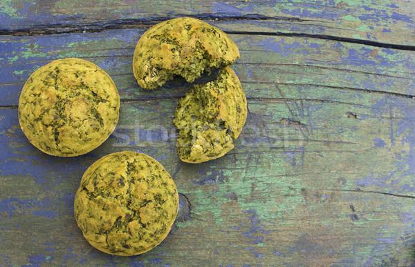 Frissen sült falatozó muffinok spenót fából készült Stock fotó © Kidza