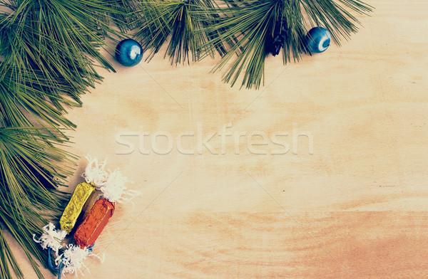 Natale confine pino rami candy legno Foto d'archivio © Kidza