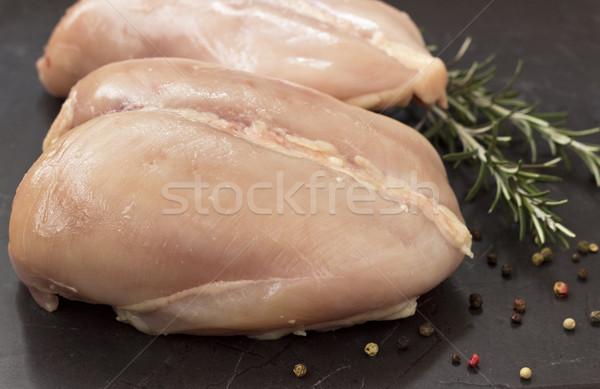 生 新鮮な 鶏の胸肉 黒 石 表 ストックフォト © Kidza