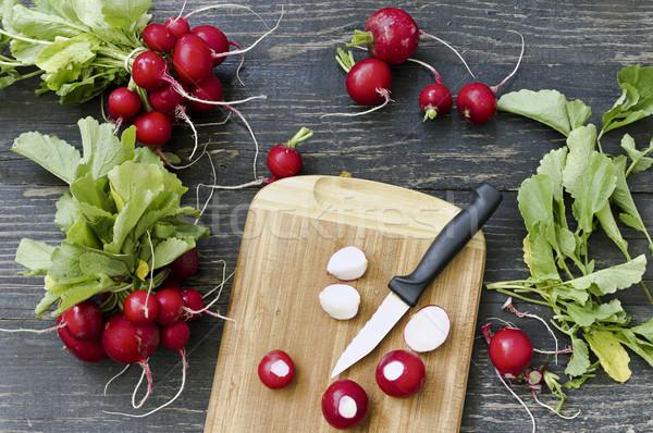 Rosso ravanello tagliere fresche foglia Foto d'archivio © Kidza