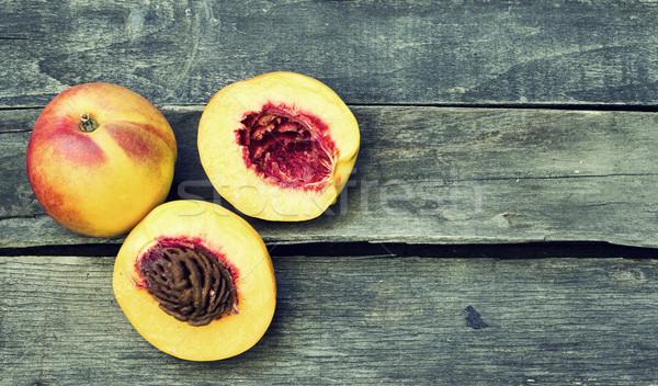 персика плодов деревянный стол свежие персики темно Сток-фото © Kidza
