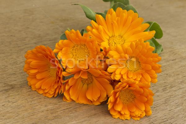 Virágcsokor fa asztal virág tavasz természet nyár Stock fotó © Kidza