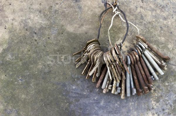 Eski tuşları ayarlamak asılı halka Stok fotoğraf © Kidza