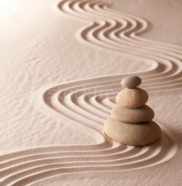 Zen meditáció kert pihenés harmónia egészség Stock fotó © kikkerdirk