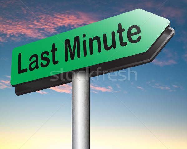 Utolsó perc jegy előre bejelentkezés repülés foglalás Stock fotó © kikkerdirk