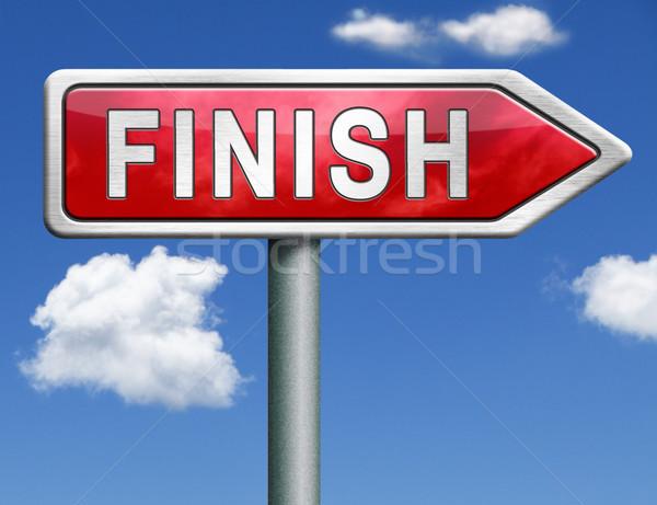 Zakończyć znak drogowy arrow koniec konkurencja wyjście Zdjęcia stock © kikkerdirk