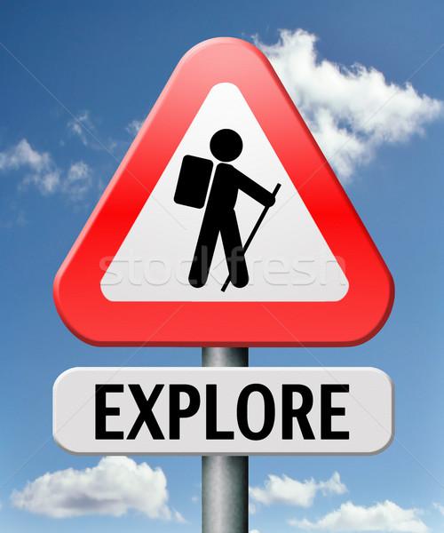 Felfedez felfedez világutazás vad vadon hátizsák Stock fotó © kikkerdirk