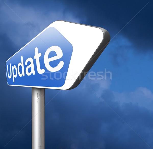 Frissítés felirat szoftver most itt verzió Stock fotó © kikkerdirk
