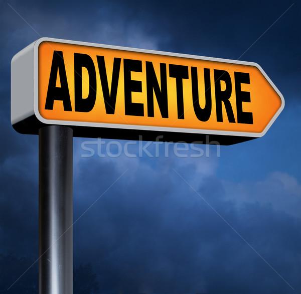 Avontuur verkeersbord reizen wereld avontuurlijk Stockfoto © kikkerdirk