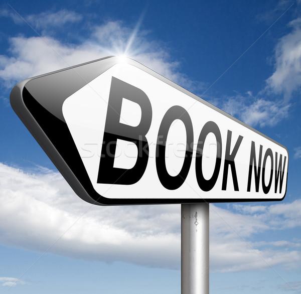 Kitap burada çevrimiçi bilet rezervasyon şimdi Stok fotoğraf © kikkerdirk