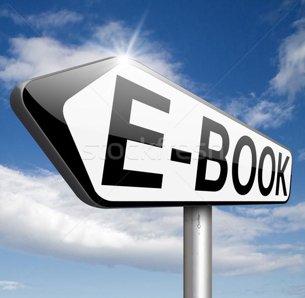E-kitap okumak çevrimiçi dijital elektronik Stok fotoğraf © kikkerdirk
