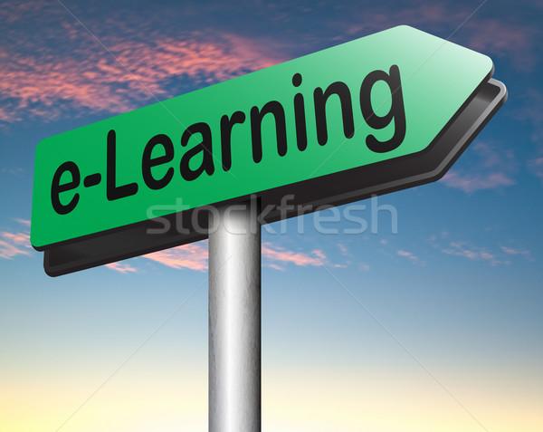 Online oktatás online oktatás internet tanul nyitva Stock fotó © kikkerdirk