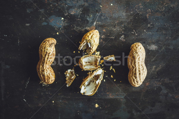Fraîches cacahuètes shell haut vue nature Photo stock © kkolosov