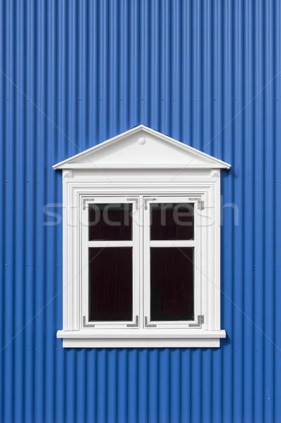 Blauw muur venster nieuwe witte metaal Stockfoto © klikk