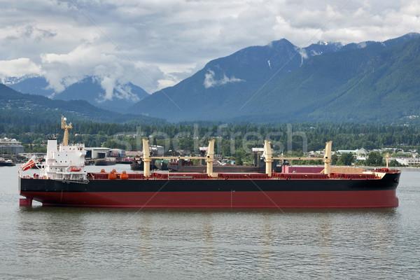Szállítás óceán hajó kikötő Kanada hegyek Stock fotó © Klodien