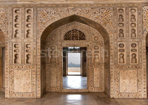 Díszített márvány fal keret kapu ajtó Stock fotó © Klodien