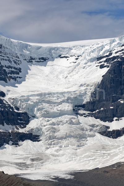 Gletsjer bergen vallei licht wolken blauwe hemel Stockfoto © Klodien