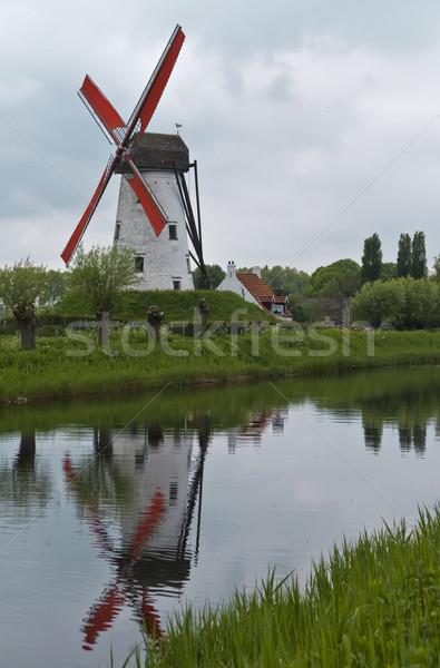 Moulin à vent canal arbres vert bleu industrie Photo stock © Klodien