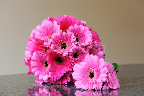Menyasszonyok rózsaszín virágok virágcsokor virág esküvő Stock fotó © KMWPhotography