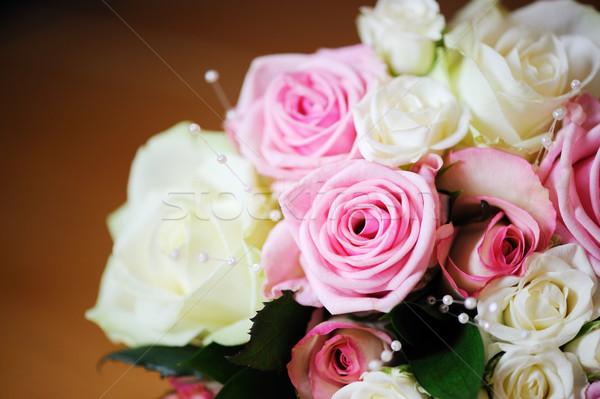 Rózsaszín fehér rózsák menyasszonyok részlet esküvő Stock fotó © KMWPhotography