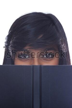 Meisje omhoog boek indian tienermeisje Stockfoto © KMWPhotography