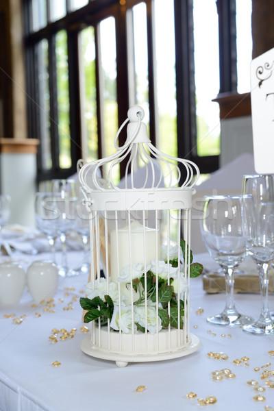 Ayrıntılar dekorasyon mum beyaz çiçekler tablo Stok fotoğraf © KMWPhotography