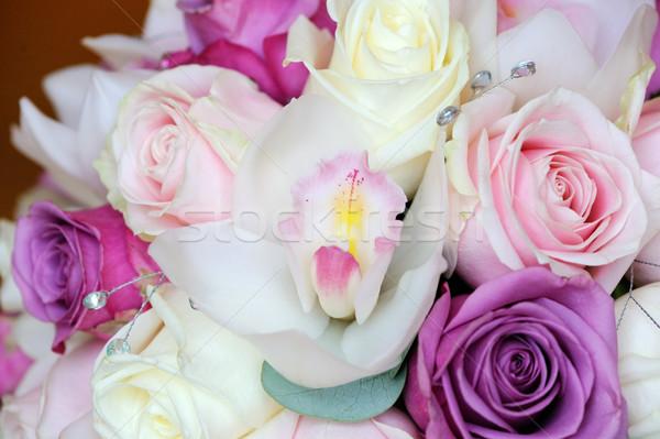 Gelinler buket orkide güller güzel çiçekler Stok fotoğraf © KMWPhotography