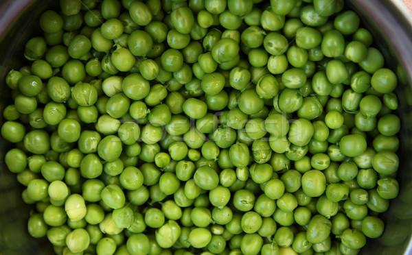 Zielone groszek żywności roślin biały środowisk Zdjęcia stock © koca777