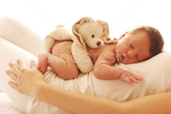 Bir sevimli küçük bebek anne Stok fotoğraf © koca777