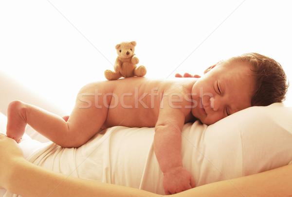 Uno cute recién nacido pequeño bebé manos Foto stock © koca777