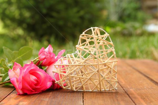 Corazón rosas vacaciones día de san valentín romántica primavera Foto stock © koca777
