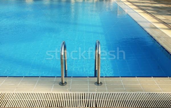 f68f25175ab62d Stappen · Blauw · water · zwembad · gezondheid · sport - stockfoto ...