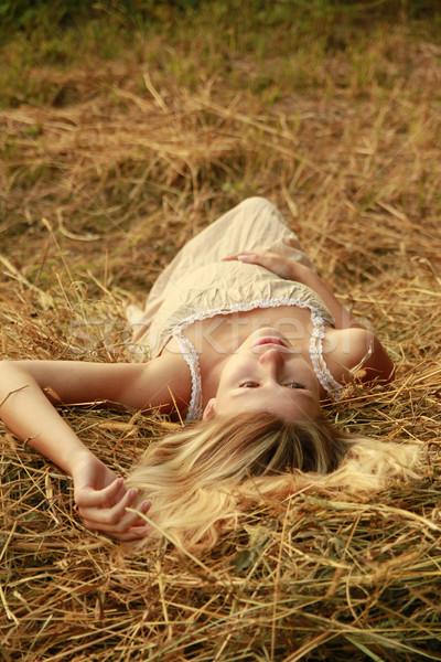 Hamile kadın doğa kadın çim adam sağlık Stok fotoğraf © koca777
