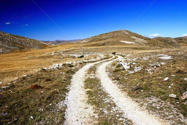 Manzara Makedonya bölge gökyüzü yol dağ Stok fotoğraf © kokimk