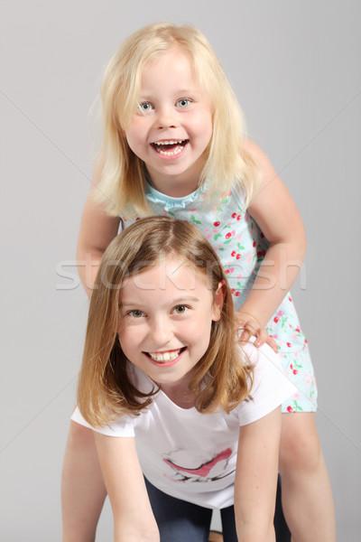 Sevimli iki küçük sarışın kızlar Stok fotoğraf © kokimk